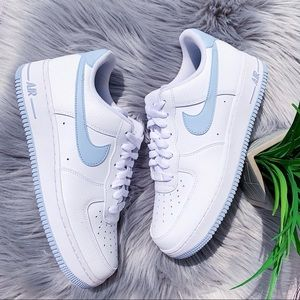 Nike Air Forces White & Baby Blue NEW Size 9.5